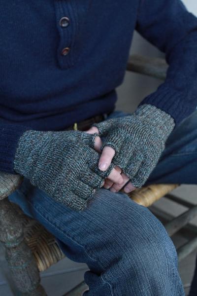 0e68085cc160b Barbour Fingerless Gloves in Gloves